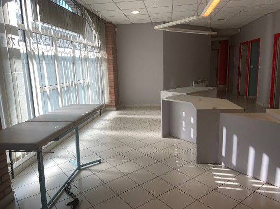 location local commercial TOURCOING 7 pieces, 295m