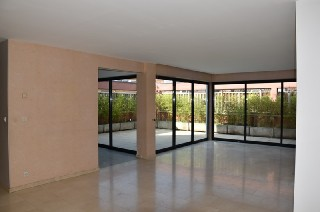 Location  LILLE  appartement 4 pieces, 150m2 habitables, a LILLE